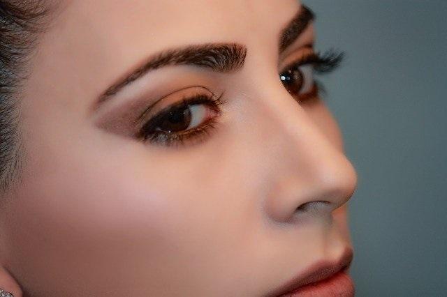 眉アートメイククリニックを選ぶ3つのポイントを紹介